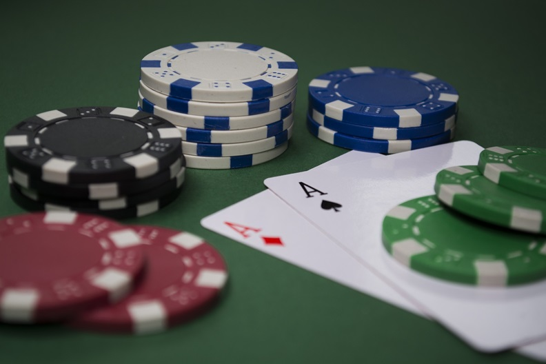 5 Reasons Why Play An Online Casino