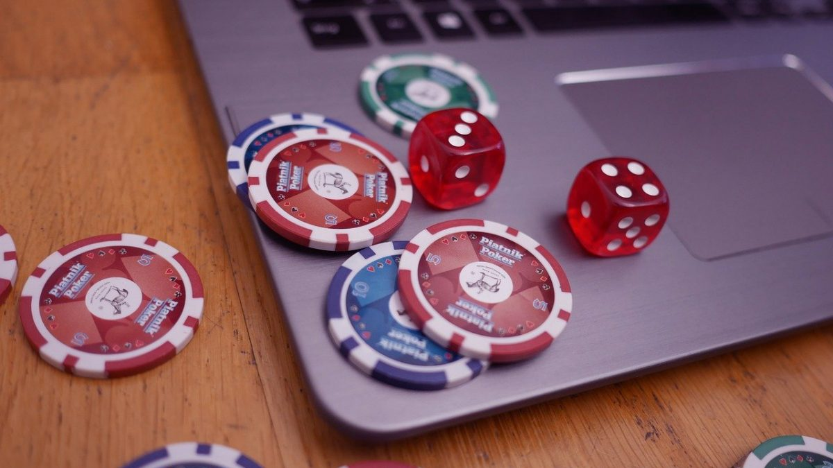 Dominoqq Online Casino Games: Play And Win